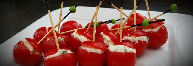 Tomate cerise chèvre frais et basilic