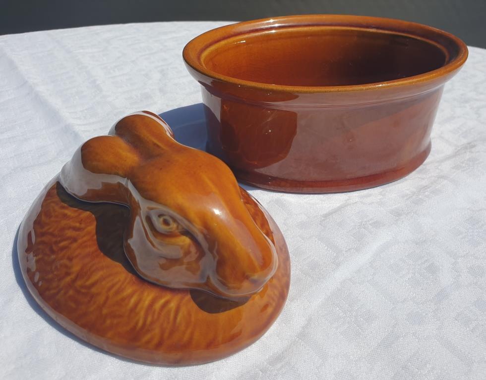 Pot vintage terrine lièvre estampillé GEO Paris je t'aime - 7 euros