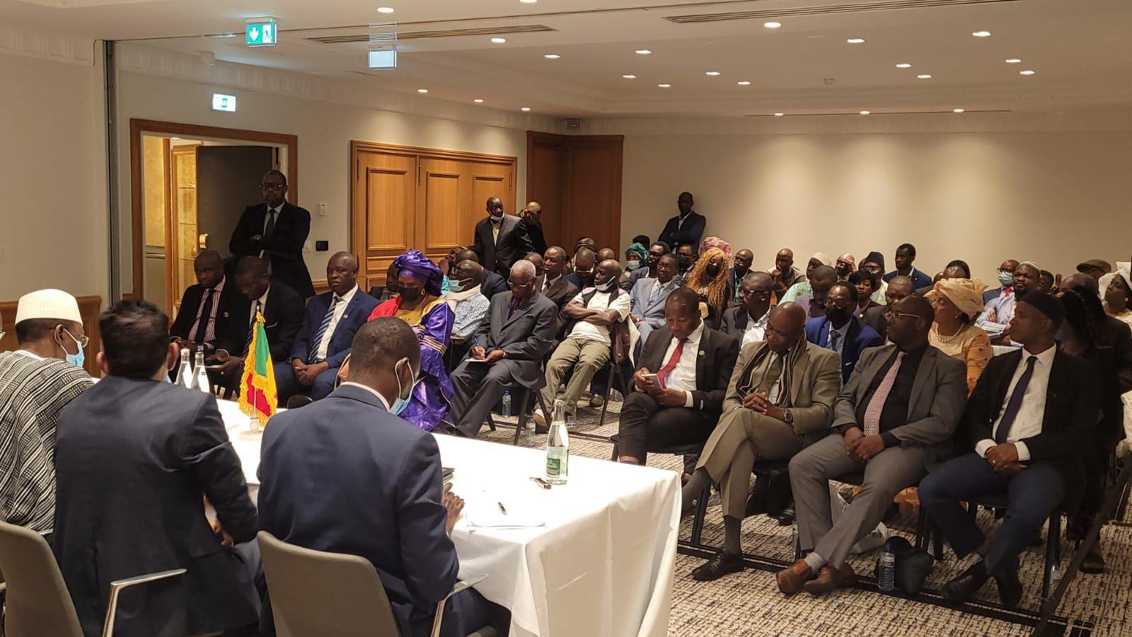 «Choguel MAIGA, premier ministre de transition du Mali à l'assemblée générale des Nations et à Paris : Plaidoyer pour l'intégrité territoriale et la sécurité du Mali et une coopération respectueuse et mutuellement avantageuse» par Amadou Bal BA - http://baamadou.over-blog.fr/