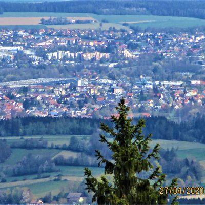Marktredwitz vom Oberpfalzturm auf der Platte (946m) aus gesehen