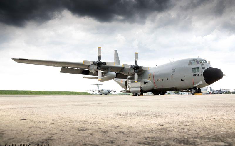Le transport aérien militaire européen s'entraîne sur la BA 123 d'Orléans