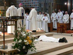 Prêtres ... Convainquants et convaincus