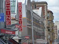 Puces de St Ouen, stand 41, Marché Dauphine. Bijoux de créateurs. Paris.