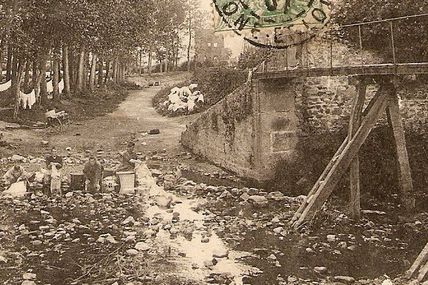 AUTUN : Début 1900.