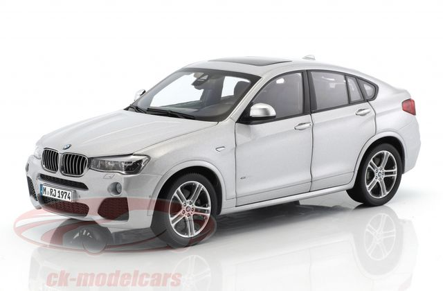 1/18 : Le BMW X4 Paragon remisé à 29,95 €