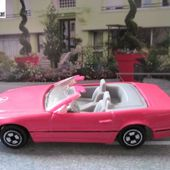 MERCEDES 500 SL CABRIOLET PINK CORGI 1/64 - 500SL CONVERTIBLE - car-collector.net