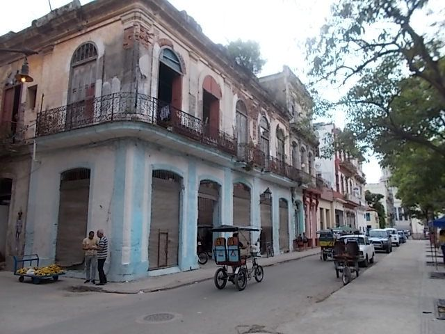 lever de soleil lundi 9 vers Francfort, les belles americaines , il y en a plus a Cuba qu aux USA