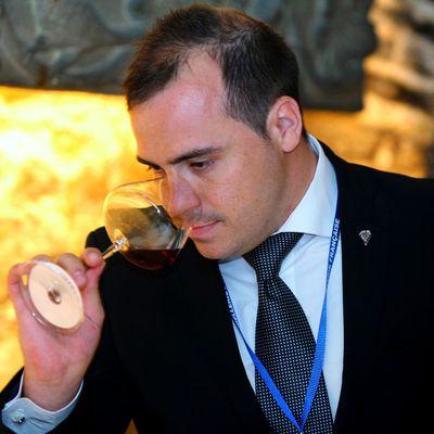 """Sommelier de l'année : """"Le chef"""" sacre Lionel Schneider"""
