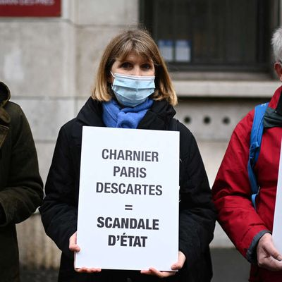 "Affaire du "" charnier "" de Paris-Descartes : l'Université de Paris mise en examen"
