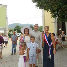 Saint André les Alpes: Mariage et parrainage ont fait vibrer la Mairie