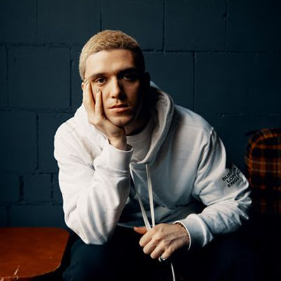 Lauv, le clip de Mean It avec LANY