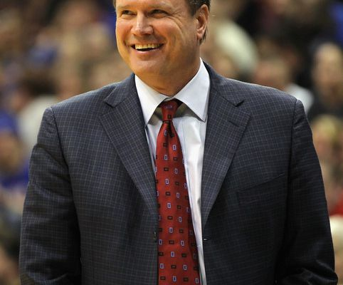 "NCAA: Bill Self remporte le prix ""Legends of Coaching"""