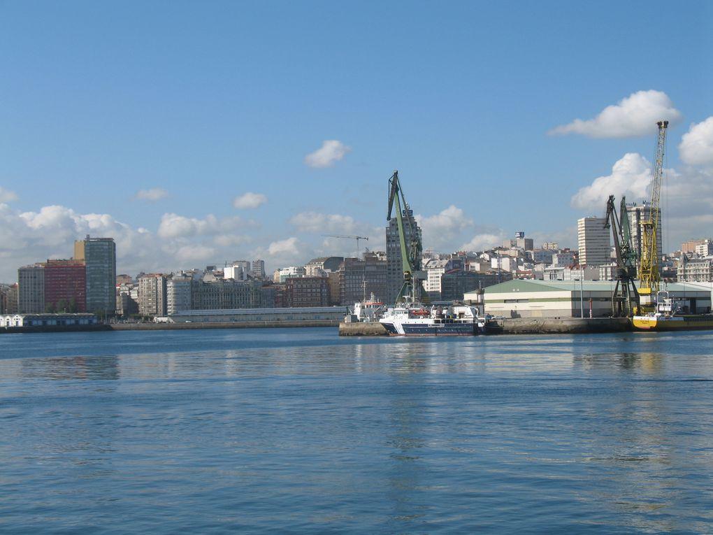 A voir absolument tant le port que la Marina à 2 pas de la Plaza de Maria Pita et de la vieille ville...