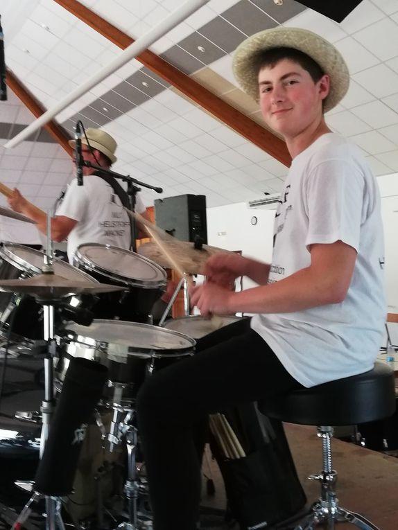 Concert des élèves de l'école de guitare à Volmerange