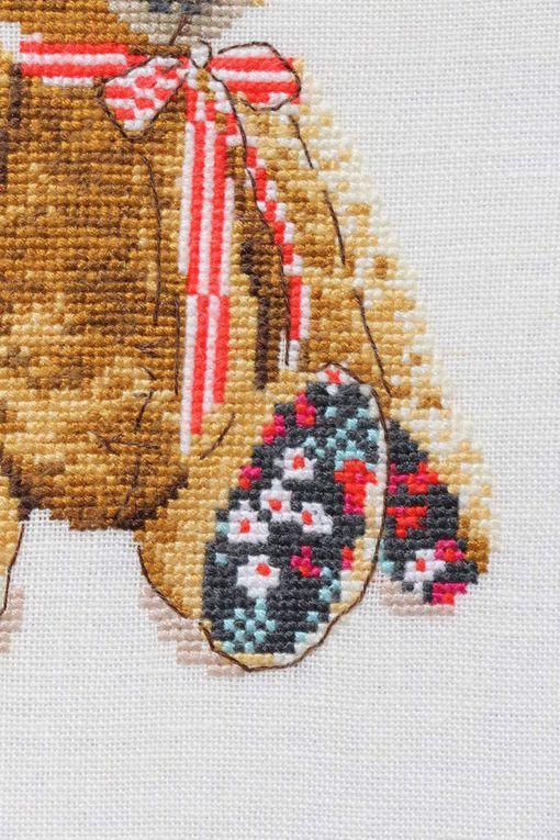 Nounours pour veste en tweed de Hélène Le Berre
