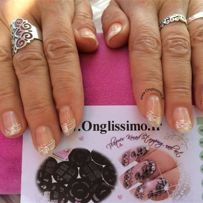 French manucure noeud strass