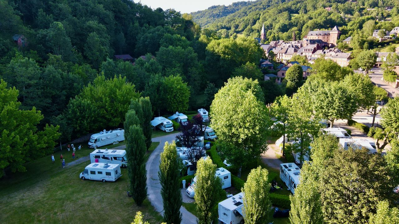 INDEX: 12 AVEYRON   * AIRES-DE-SERVICES & CAMPING