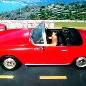 FASCICULE N°1 DIORAMA SIMCA OCEANE - L'AUTO STOPPEUSE A LA GRANDE CORNICHE - LA ROUTE BLEUE. - car-collector.net
