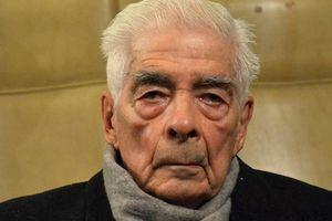 """Un encuentro con el represor Luciano Benjamín Menéndez: """"Muchos se van a poner felices con mi muerte"""""""
