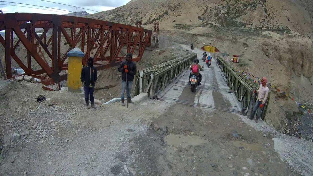 La route pour le col Nakeela