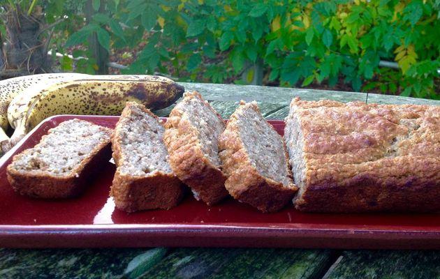 Cake à la banane et aux noix