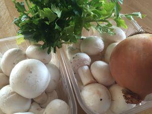 Quiche généreuse aux champignons de Paris