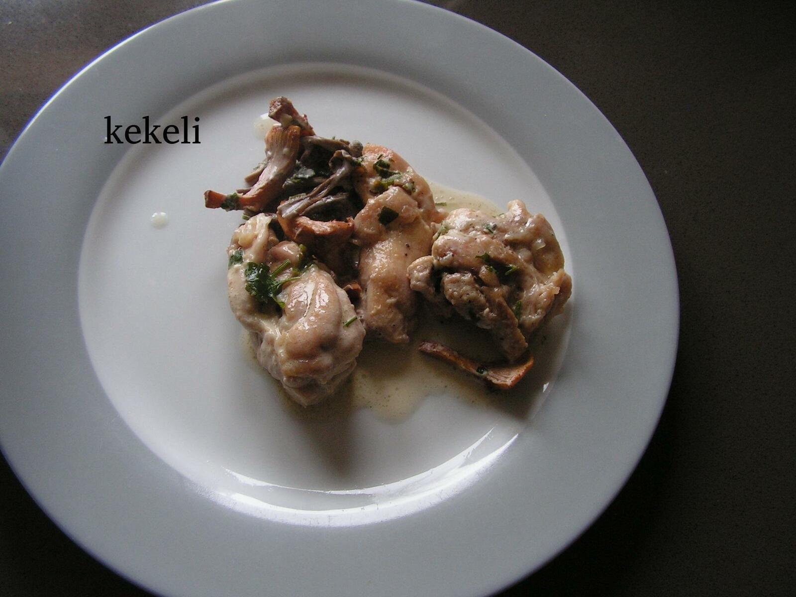 Sauté de poulet aux champignons des bois