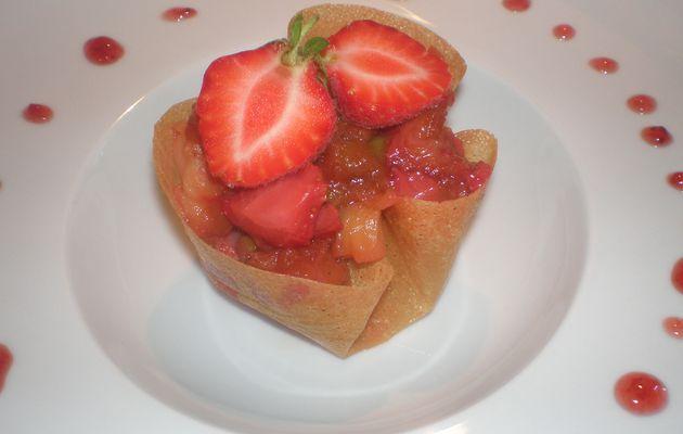 Croustillants à la rhubarbe et à la fraise