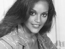 Jayne Kennedy the first African - American miss
