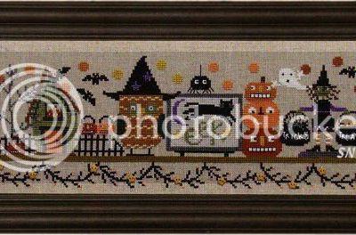 Spooky halloween mantle (house of jacks)