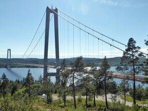 Ponts permettant de passer au-dessus des fjords