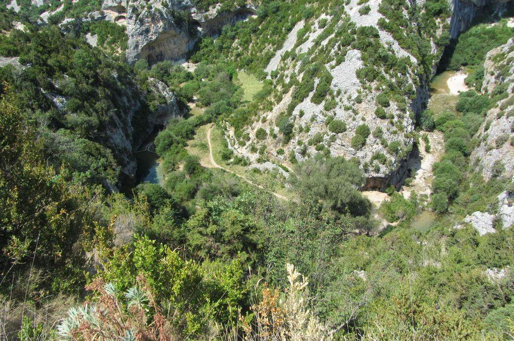Rodellar ( Aragon. Parc naturel de la Sierra et des gorges de Guara ) Les gorges du Mascún.