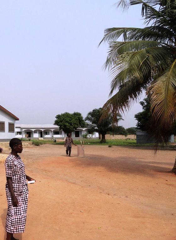 Bâtiment pédagogique phase 1, réalisé en 2013. Salles de couture et de coiffure, salle de classe pour l'alphabétisation.