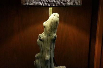 Lampe bois flotté ancien