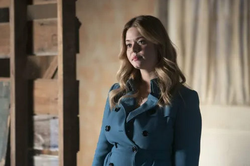 Critiques Séries : Pretty Little Liars : The Perfectionists. Saison 1. Episode 3.