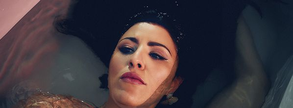 London-based jazz and neo-soul artist Alba Plano shares latest single 'Out There'