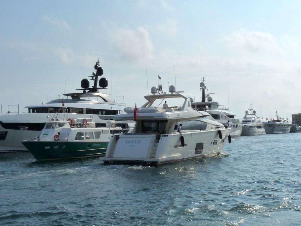 IGELE  , arrivant et appareillant du port de Saint Tropez le 09 juillet 2018