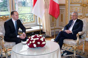 Déplacement du Conseil National à l'Assemblée Nationale,  à l'occasion d'un entretien avec M. Claude BARTOLONE,   Président de l'Assemblée Nationale de la République Française.
