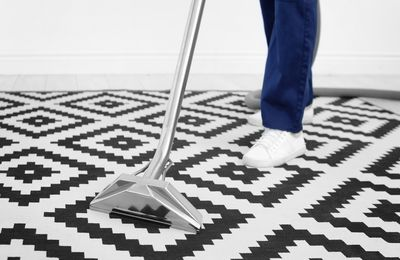 How to Choose the Right Dry Carpet Cleaning Services