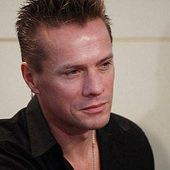 Larry Mullen Jr - U2 BLOG