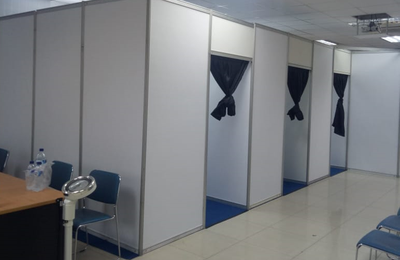 Panel R8, Partisi Pameran, Sekat R8, Sewa Panel R8, Sewa Fitting Room