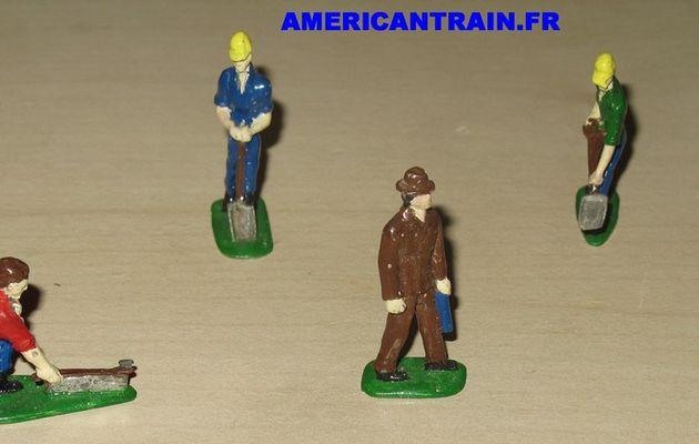 Set de 6 figurines en métal échelle O