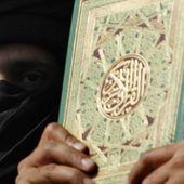 Pakistan, folla brucia vivo un uomo: aveva dato alle fiamme pagine del Corano - Repubblica.it