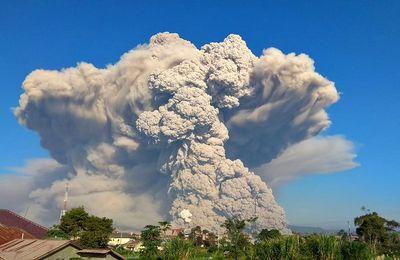Activité du Sinabung, du Pacaya, du Sabancaya et essaim sismique dans la Péninsule de Reykjanes.