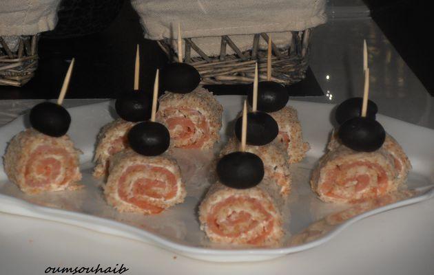 mini roulé salés au saumon