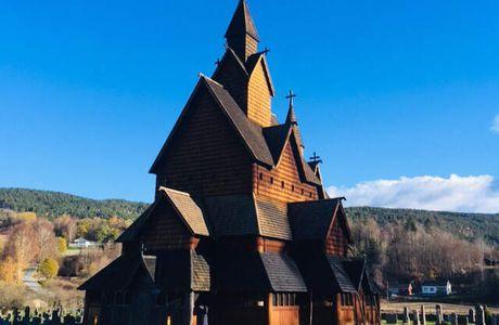 La stavkirke Heddall