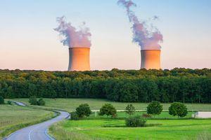 EDF a dévoilé la liste des réacteurs qui fermeront d'ici à 2035, en plus de la centrale de Fessenheim