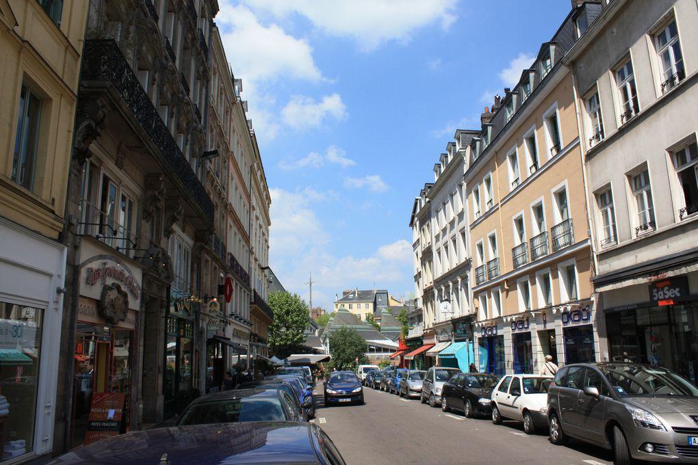 La Cathédrale primatiale Notre-Dame de l'Assomption, Le Gros-Horloge... des monuments emblématiques de la ville de Rouen le 2 juin 2010 Photos: Emmanuel CRIVAT