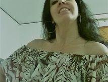 Camicetta con spalle nude: sensualità e femminilità by Talco