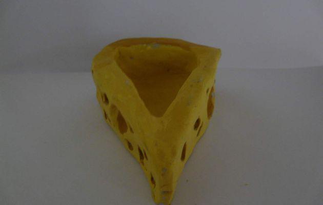 Gamelles en forme de fromage x 2 (6€)